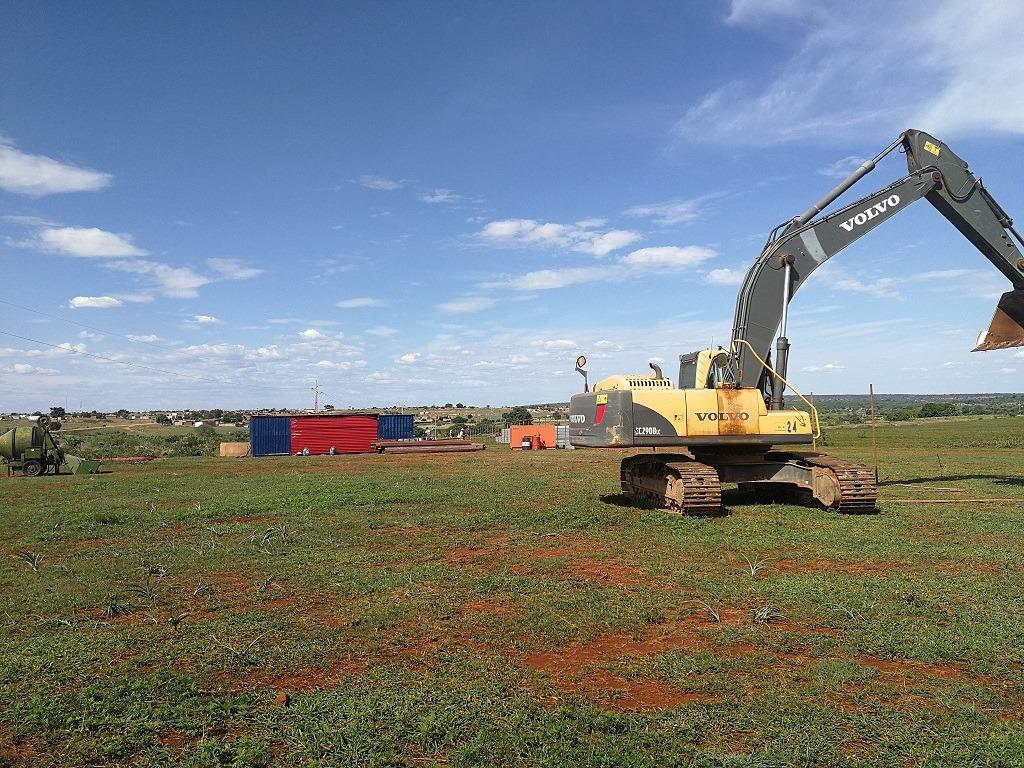 Matala under construction